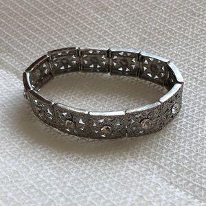 Cookie Lee vintage look elastic bracelet